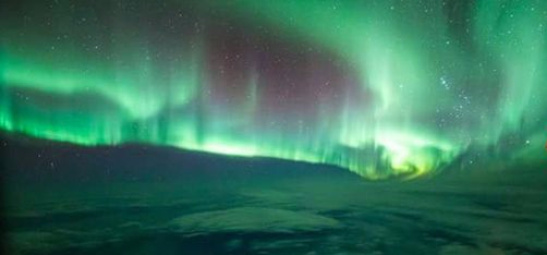 southern-lights-aurora-australis-flight-875965